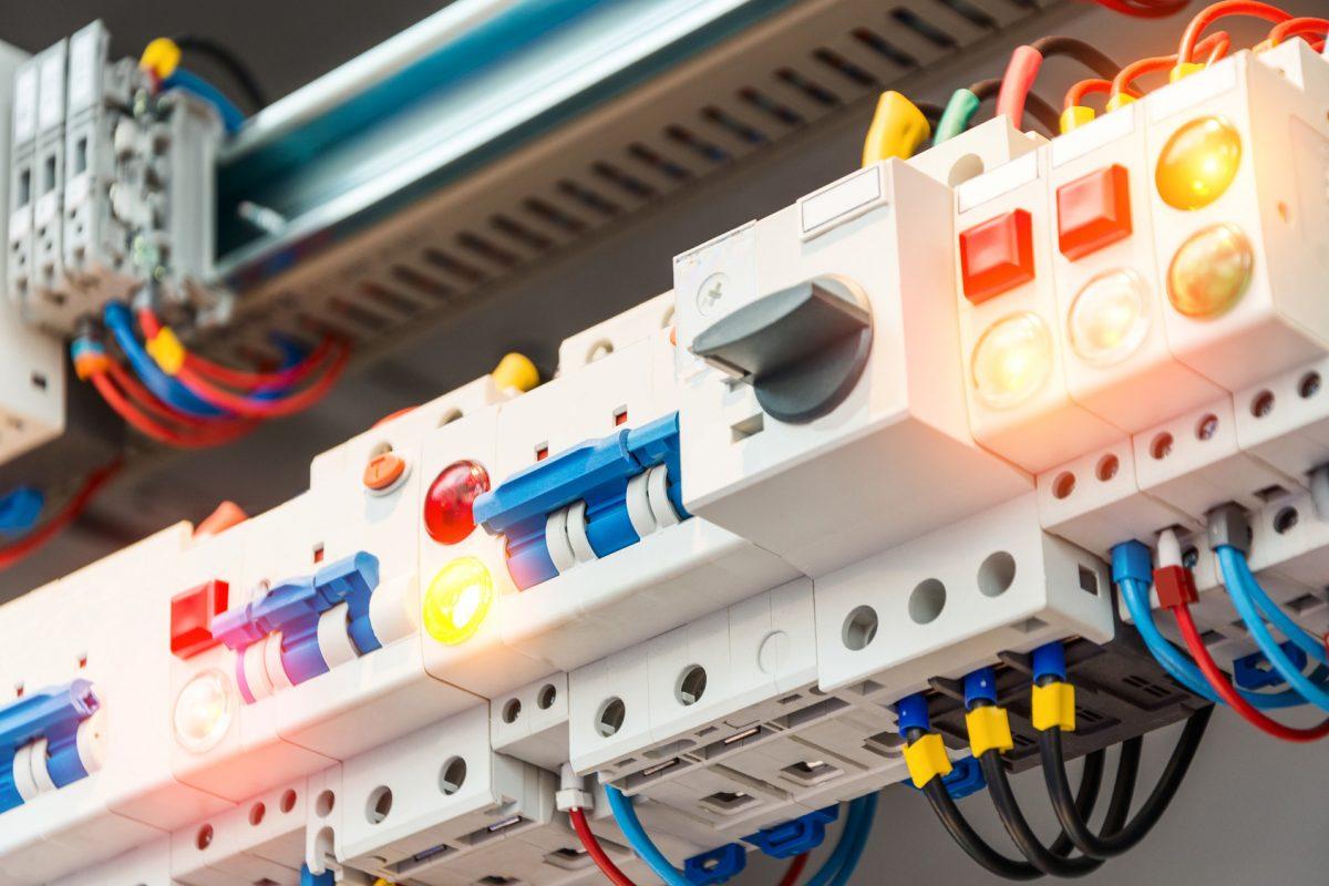 W-Energy ajuda empresas com alto consumo de energia elétrica a economizarem até 40% na conta